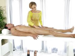 Bailey Bae finishes hot massage with doggystyle