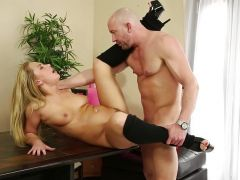 Carter Cruise fuckes her friends boyfriend