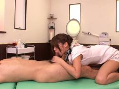 Strong fuck at home along wife in need to swallow warm cream