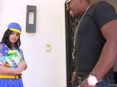 [julesjordan] Keisha Grey   Scouts For An Interracial Gang Bang