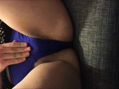 Fingering Her Creamy Squirting Pussy