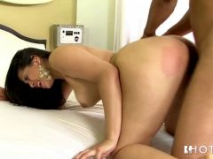 Hotgold Latina loves a hard fucking