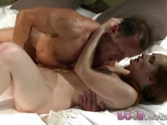 Love Creampie Hot redhead filled up with cum
