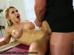 FantasyMassage Alix Lynx Cheats with Her Feet