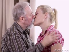 Elena can\'t believe how good this old man is at having sex