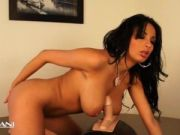 Hot foreign chick rides the sybian