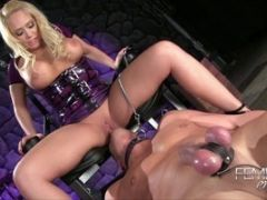 Kagney Linn Karter Fucks Guy Hard And Sits On Face