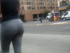 Bubble ass Vpl Latina Milf in grey sweats