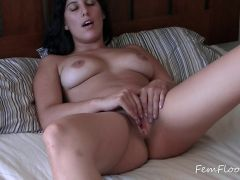 Veronica Knocks Orgasm Suprises