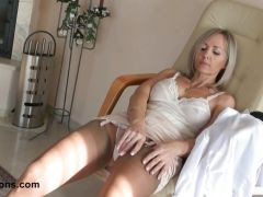 Sexy wife teases in stockigns