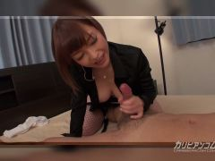 She gives head before a cock rodeo