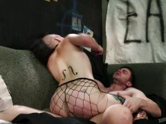 Amelia Dire smashed in her asshole
