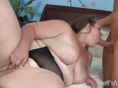 Chubby amateur gets her pussy nailed