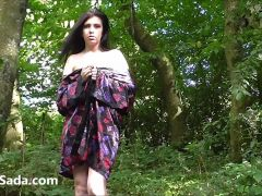 Leeds student nude in some Yorkshire wood 3a