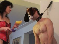 Mistress teaches her slave to be a good boy