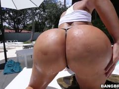 Huge ass Lela Star