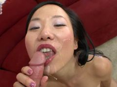 Niya Yu crarves to swallow after a serious fuck show