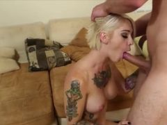 FUCKING HOT - BLONDE BLOWJOB