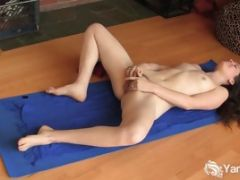 Sexy Yoga Brunette Fucks Her Tight Pussy