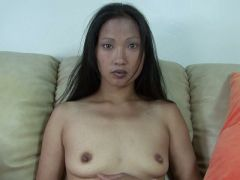 China Girl showing her pussy