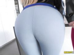 Sexy massive ass blondies Julie Cash and Karen Fisher pussy pounded