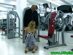 Glamorous blonde gets fucked in the gym