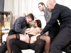 Billie Star gets double penetration