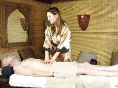 Bliss Dulce in the Massage Parlour