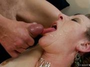 Mature babe gets her face plastered with cum