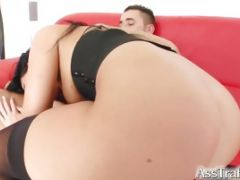 Model Chic Gets Fucked In The Spooning Position