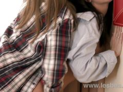 Lesbea HD Natural and sexy horny lesbian women