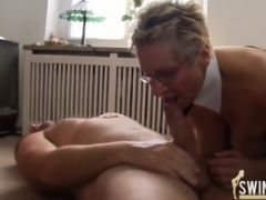 Watch These Hot Older And Younger Ladies Fuck Men