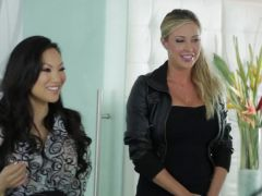 Hot hookers Samantha Saint and Asa Akira share a client