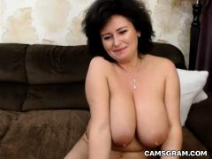Sensual Huge-Boobed Camgirl Masturbates For Your Enjoyment