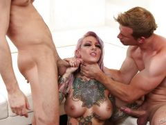 Double penetration action for the new and beautiful Sydnee Vicious