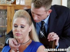 Brazzers - 2 guys and 2 Milfs fuck