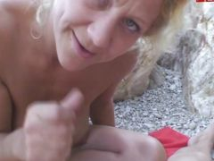 ANAL gefickt am Strand - Anal fucking at the beach