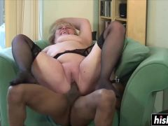 Skinny black dude licked a shaved pussy