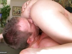 Marilyn Scott wraps a cock with her juicy mouth waiting for it to explode